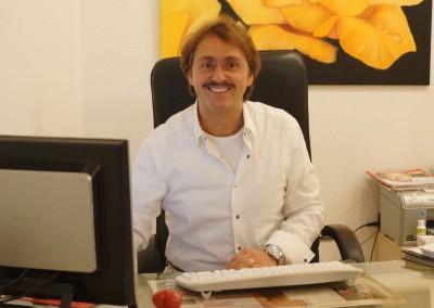 Dr. Klaus Cueto